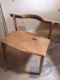勝水喜一椅子
